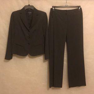 Evan Picone Gray Suit Size 4-6 Petite